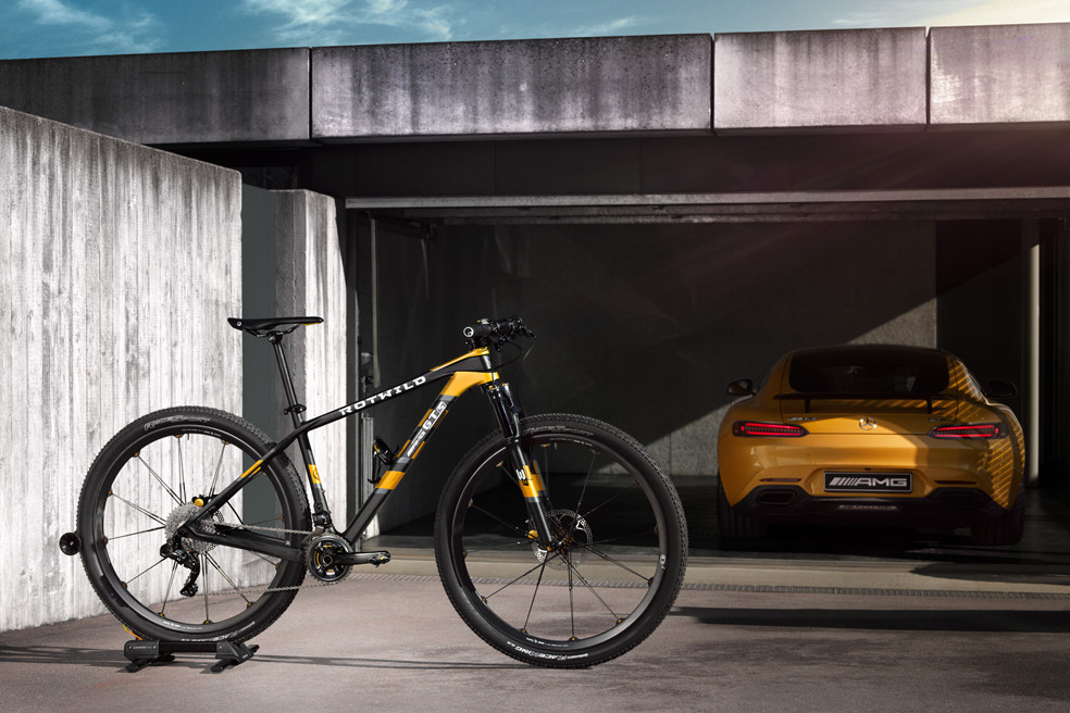 mercedes-benz-rotwild-gt-s-mountain-bike-00