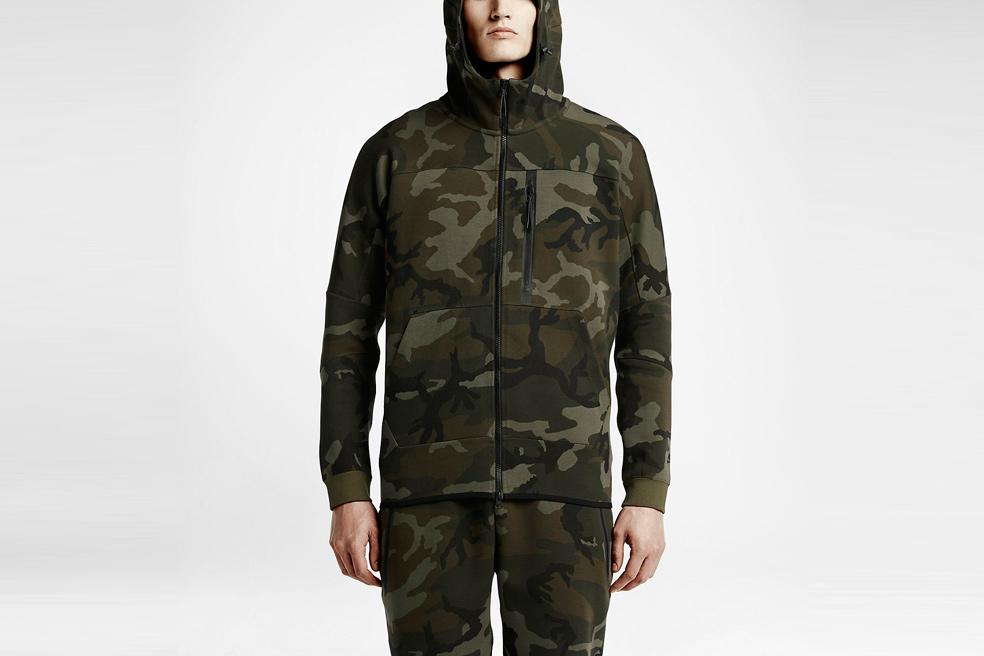 nikelab-tech-fleece-aw77-hoodie-camo-01