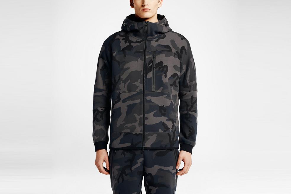 nikelab-tech-fleece-aw77-hoodie-camo-05