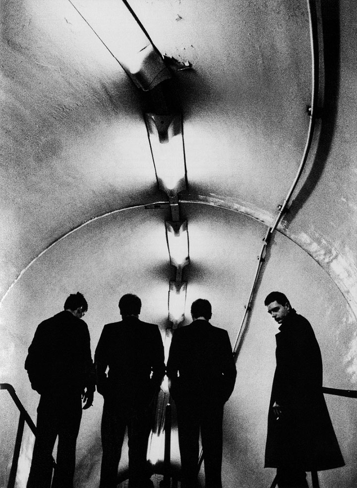 joy-division-photographed-at-lancaster-gate-tube-by-anton-corbijn-1389986891_org