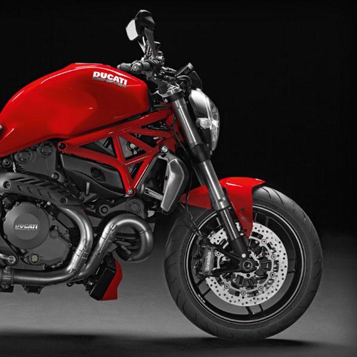 2014_Ducati_Monster_1200_1440954