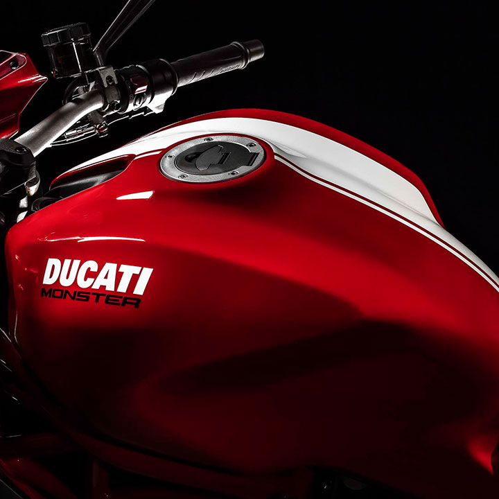 2015-Ducati-Monster-1200-S-Stripe-EICMA-05