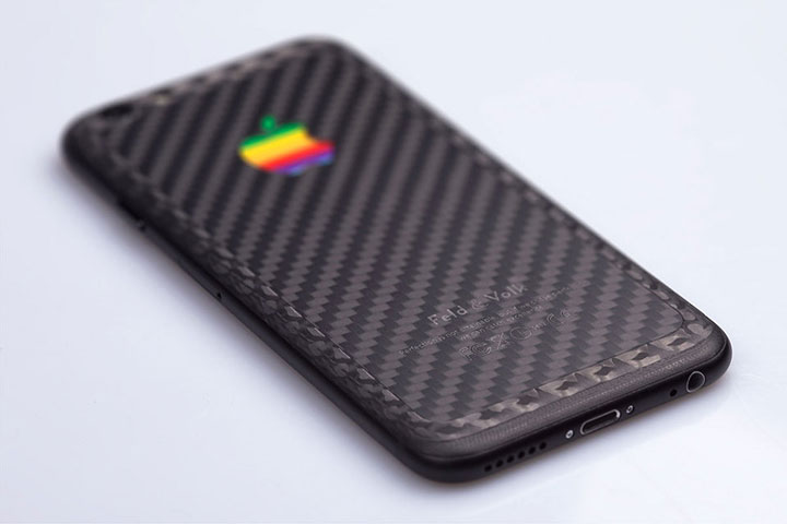 feld-volk-custom-double-carbon-iphone-6-1