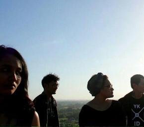 "SUNGAI LUNCURKAN ALBUM PERDANANYA YANG BERJUDUL ""ARUS 2015"""