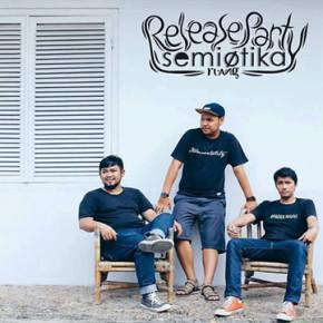 """SEMIOTIKA // RELEASE PARTY ALBUM """"RUANG"""" DAN TOUR LINTAS SELATAN SUMATERA """"RUANG UDARA 2016"""""""