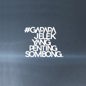 CHANDRA LIOW Feat .DEVINAUREEL, EKA GUSTIWANA // GAPAPA JELEK YANG PENTING SOMBONG