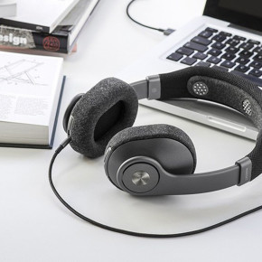 MINDSET SMART HEADPHONES TO TRACK YOUR BRAINWAVES