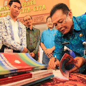 PRESSLIST 8 // MENGGEBRAK PENDIDIKAN INDONESIA
