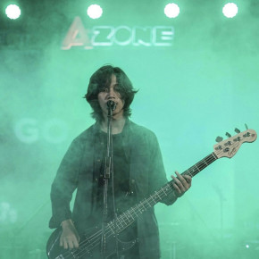 "DEBUT PENAMPILAN LIVE PERDANA ""WHITENOIR"" PADA RECORD STORE DAY 2017"