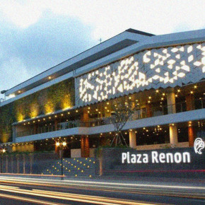 MEET, EAT, AND FUN AT PLAZA RENON