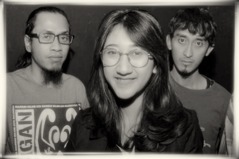 Hutan-Hujan---Band-Photo