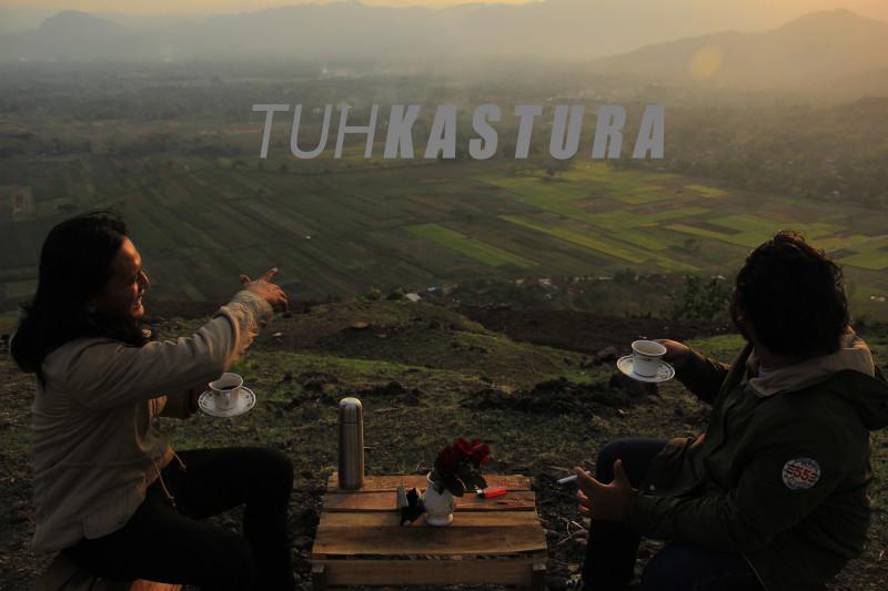 Tuhkastura - Landscape
