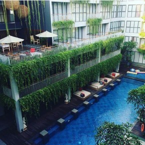 NEO+ KUTA LEGIAN HOTEL // REVIEW