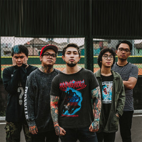 "SUMMERLANE // SEGERA LEPAS SINGLE ""FRENEMY"""