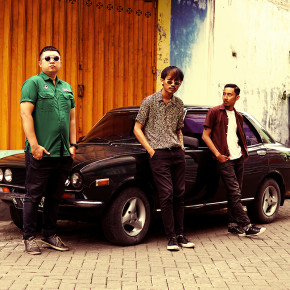 "TIME BOMB AND THE GANGS // VIDEO MUSIK ""ZAMAN BARU"""