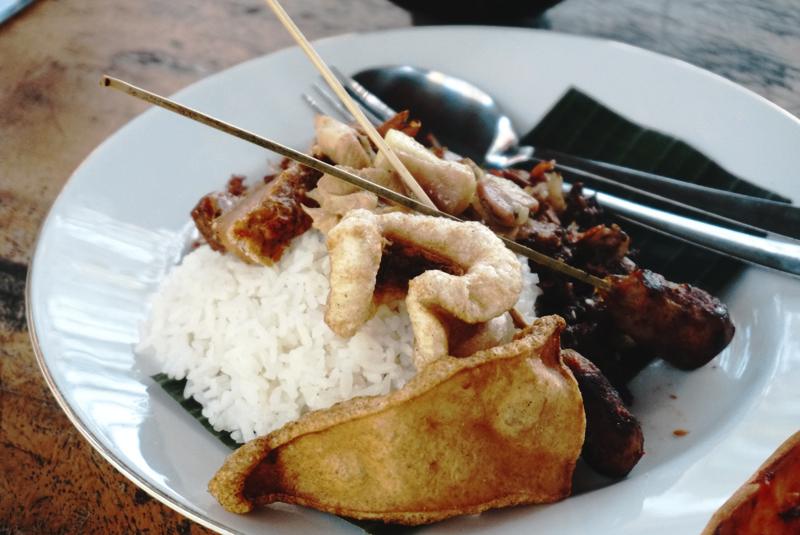 Warung-Belawa-Nasi-Lawar-Bali