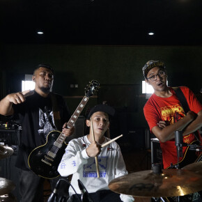 "DEAD VERTICAL // SEGERA LEPAS VIDEO LIVE ""XVII - STUDIO SESSION"""