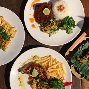 SEGARA THE SEASIDE // WHOLE PACKAGE RESTORAN DI PINGGIR PANTAI SANUR