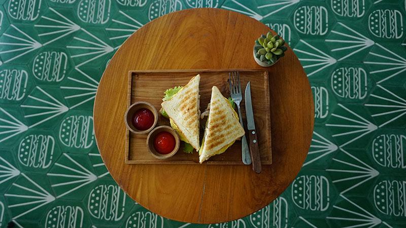 MAV06044-sandwich