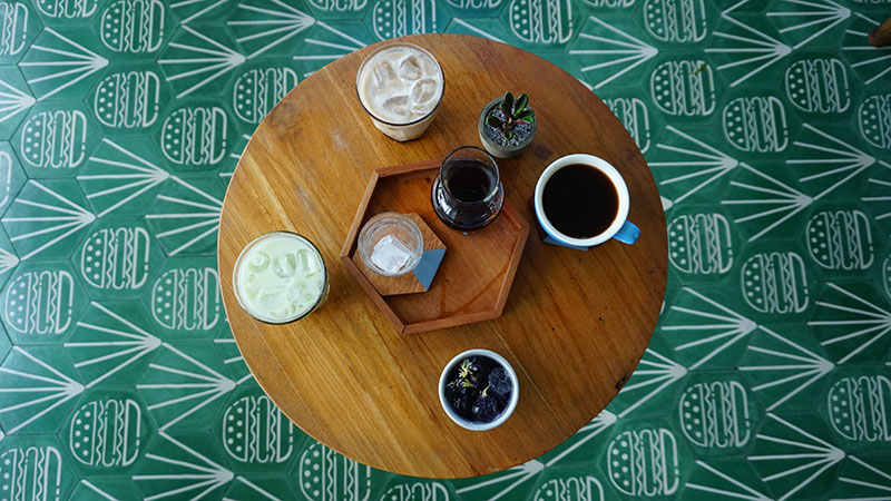 MAV06050-coffees