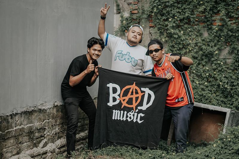 Bad-music-body