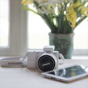 SAMSUNG NX1100 SMART Wi-Fi DIGITAL CAMERA
