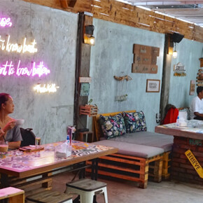 SENJA DI BALI // HIDDEN COFFEE SHOP, UNIK DAN CATCHY DI AREA SANUR
